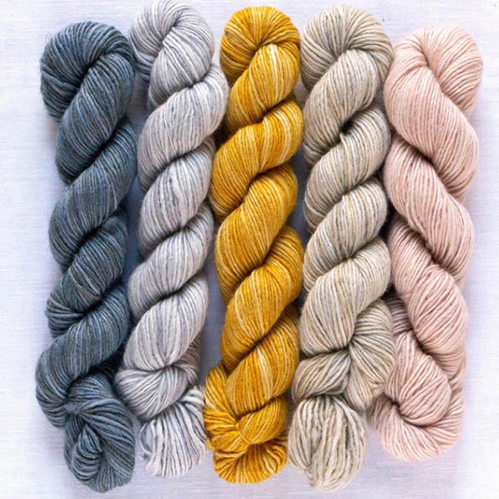 Manos del Uruguay Silk Blend Fino minis Ursula