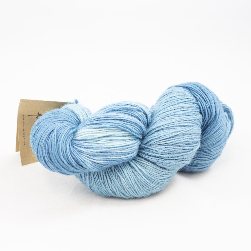 Manos del Uruguay Silk Blend Fino teint à la main (100g)