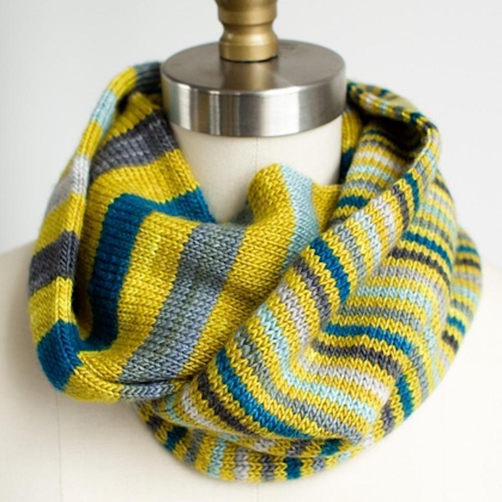 Manos del Uruguay Knit Kit