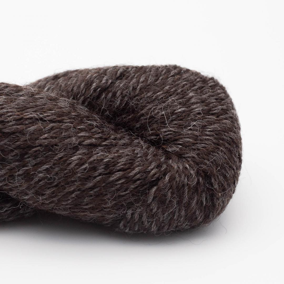 BC Garn Baby Alpaca 10/2 dark chocolate (undyed)