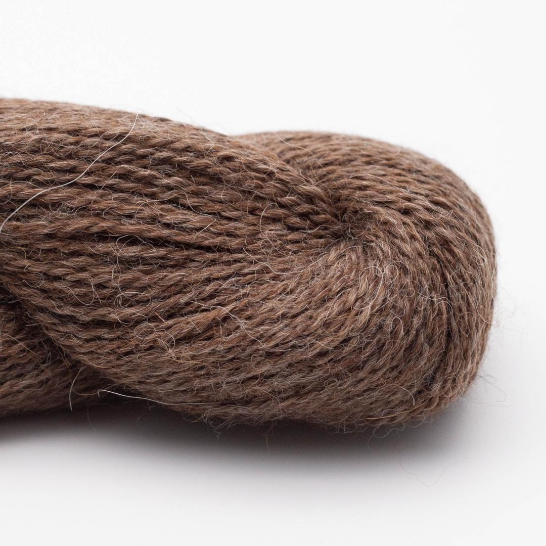 BC Garn Baby Alpaca 10/2 brown heather (undyed)
